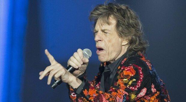 Mick Jagger in Sicilia: il leader dei Rolling Stones si è trasferito sull'isola dall'estate scorsa