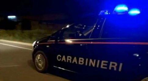 I carabinieri sventano una violenta aggressione ai danni di un uomo: tre fratelli denunciati