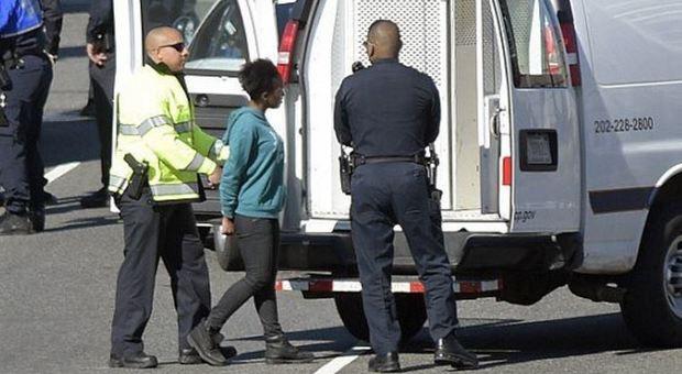 Auto impazzita semina paura a Washington, ma non è terrorismo