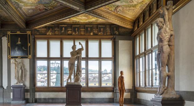 Covid, gli Uffizi ripartono con tour virtuali in diretta: i ciceroni rispondono alle domande via social