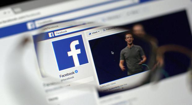 Facebook, nuove misure contro il terrorrismo sul web ma un bug svela l'identità dei moderatori