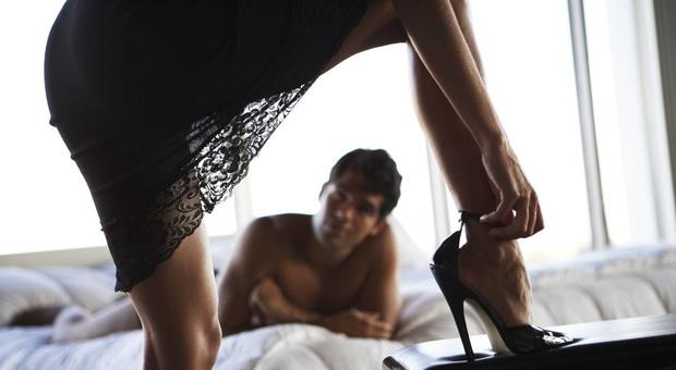 Un momento della violenta rissa scaturita durante l'orgia