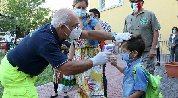 Covid, «vaccino trivalente morbillo-parotite-rosolia protegge dal virus». Ecco lo studio sugli anticorpi