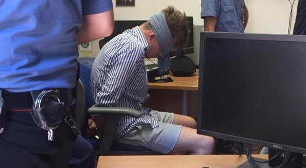 """L'inchiesta sulla foto """"rubata"""": «L'autore ha scattato da fuori»"""