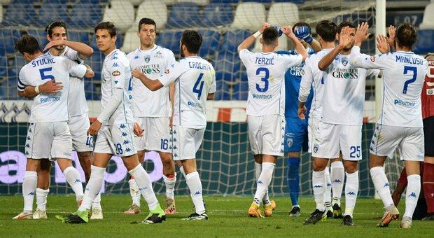 Serie B, l'Empoli gioca dopo 3 settimane e batte il Covid e la Reggiana. Non perde da 25 gare ed è vicino al ritorno in A