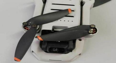 Drone precipita nell'area portuale, maxi multa al proprietario