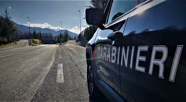 Provoca incidente stradale con un ferito e fugge: fermato dai carabinieri