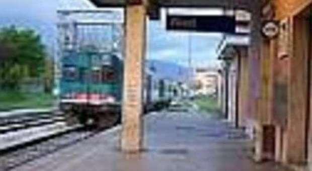 La linea ferroviaria L'Aquila-Rieti-Terni a rischio soppressione: appello di Faina