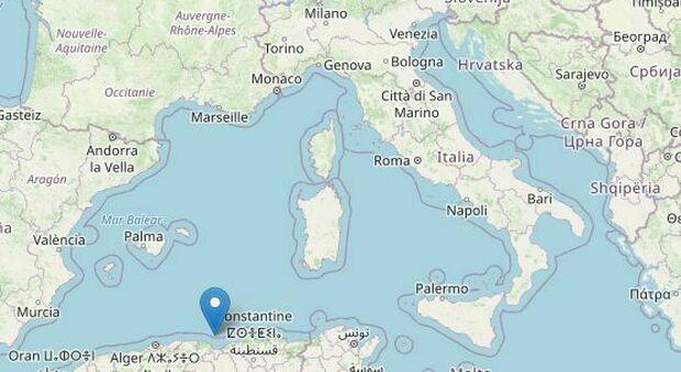 Terremoto Algeria, forti scosse fino a 6.2: «Sentite anche in Sardegna e Liguria», rientra l'allerta tsunami