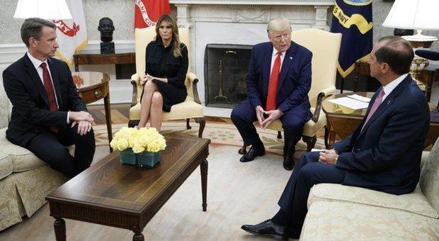 Sigarette elettroniche, l'allarme in Usa: Trump vuole il bando