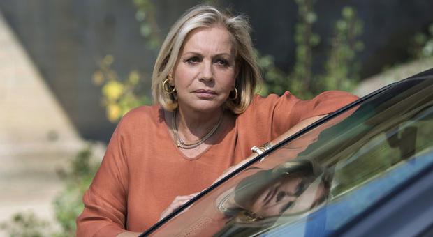 Catherine Spaak, la rivelazione choc a Storie Italiane: «Ho avuto un'emorragia celebrale»