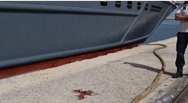 Ancona, tragedia al porto: il cavo d'ormeggio si spezza e colpisce operaio: muore 33enne