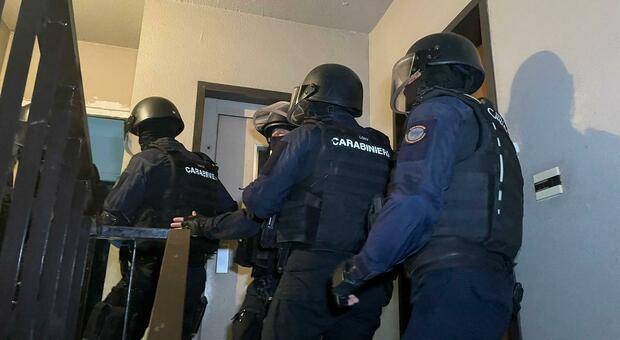 Tor Bella Monaca, blitz dei carabinieri: 21 arresti, azzerata un'altra piazza dello spaccio
