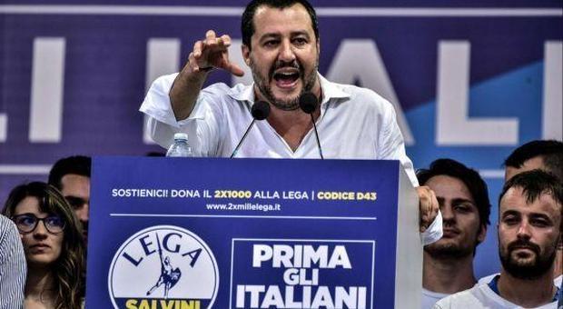 Migranti, Salvini: «Rispetto Papa Francesco, ma c'è un Islam incompatibile con i diritti delle donne»
