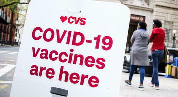 Usa, i no vax frenano la campagna vaccinale: dosi giornaliere ai minimi