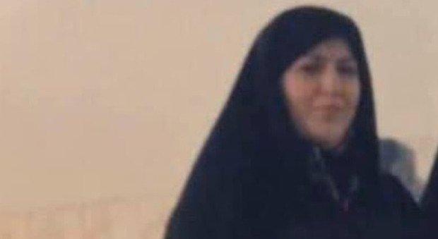 Iran, impiccata donna già morta di terrore. «Arresto cardiaco prima di salire sul patibolo»
