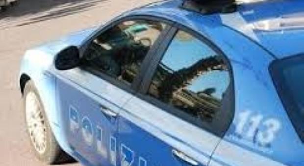 Rieti, arrestato spacciatore trovato con 15 dosi fuori dallo Jucci