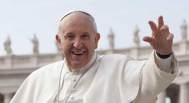Papa Francesco oggi compie 82 anni. Ma non sarà un compleanno
