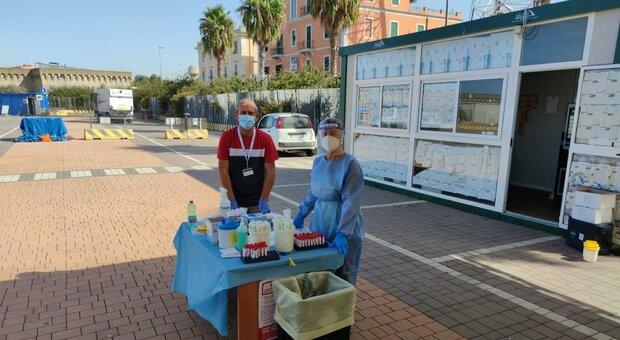 Coronavirus, attivato il drive-in nel porto di Civitavecchia: ieri 3.883 tamponi nel Lazio