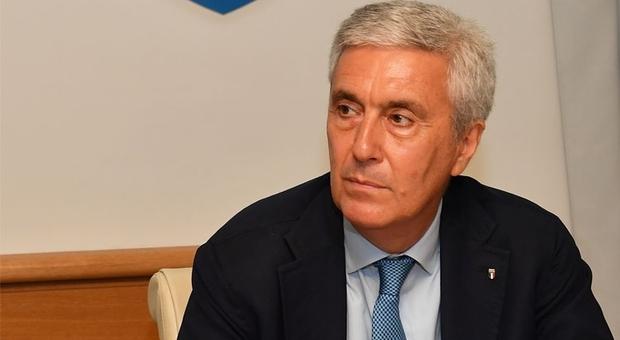 Archiviato l'esposto del Codacons contro Sibilia: nessuna incompatibilità per il Presidente della LND