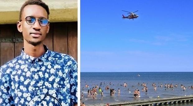 Si tuffa in mare dal pedalò e muore a 23 anni a Jesolo, a Caserta annega un 22enne