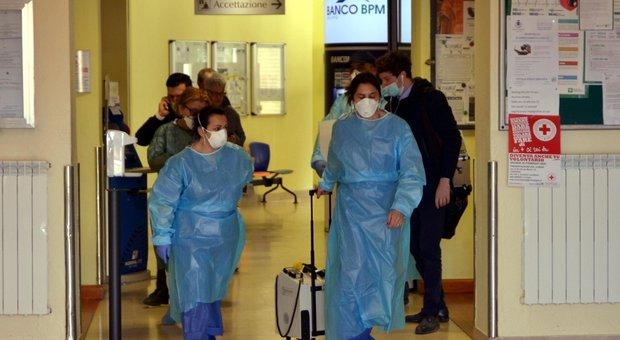Coronavirus, A Cremona due contagi: sono un uomo e una donna, annullato il Carnevale