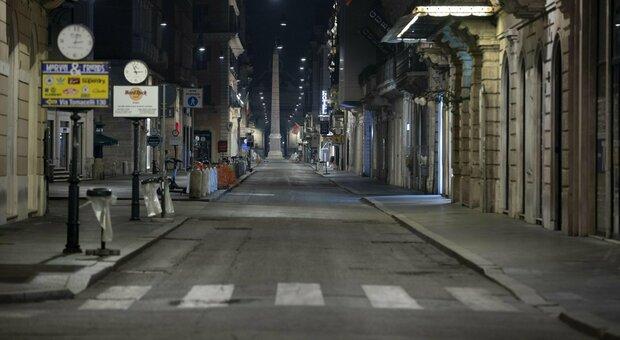 Natale, nuovo Dpcm. In Veneto e Lazio confermato il veto alle uscite serali. E nel weekend stop al commercio