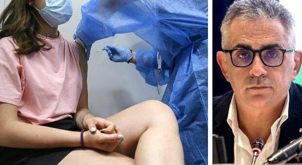 AstraZeneca, Pregliasco: «Scelta su stop vaccino alle persone sotto i 60 anni per prudenza, non per paura»
