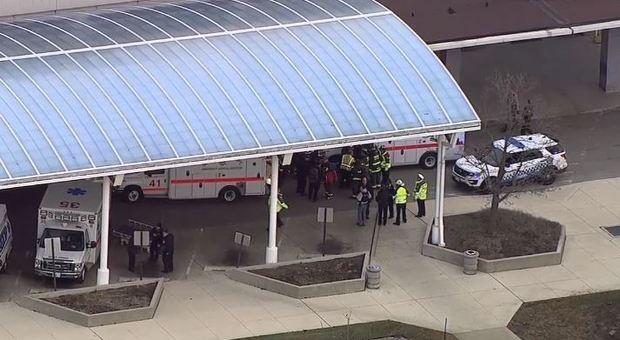 Sparatoria in ospedale a Chicago, due morti tra cui l'aggressore