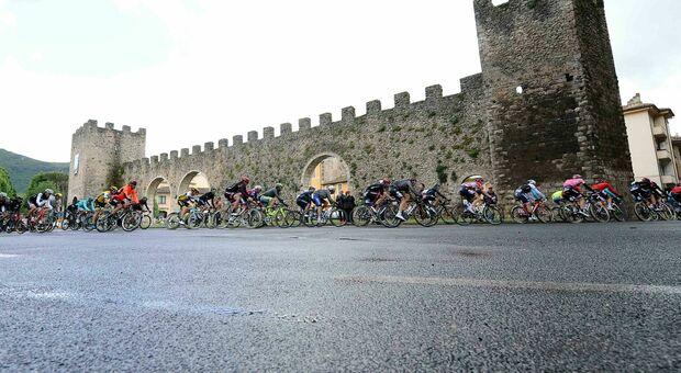 Il Giro d'Italia torna nel Reatino: la carovana in rosa a Rieti il 17 maggio nella tappa L'Aquila-Foligno