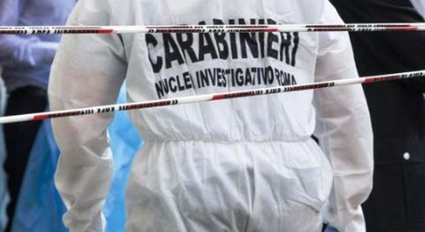 Donna uccide il marito con una coltellata al cuore: choc nel Torinese