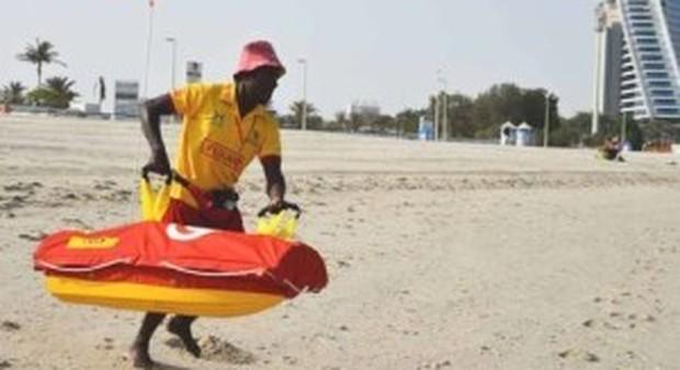 Dubai, da Pamela Anderson ai robot: ecco i nuovi automi baywatch che salvano vite fra le onde