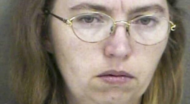 Lisa Montgomery, dagli abusi subiti da piccola al crimine efferato: chi è la giustiziata a morte