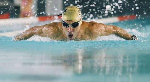 Fase 2, riaprono piscine e palestre: tante limitazioni per chi torna a fare sport