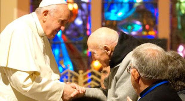 Papa Francesco in Marocco: «Dialogo con l'Islam antidoto contro la paura e l'odio»