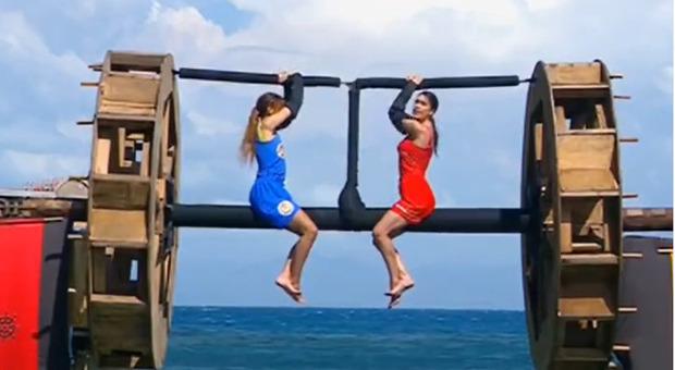 Isola dei Famosi, Cecilia Rodriguez batte Arianna Cirrincione alla sfida: incontrerà Ignazio Moser