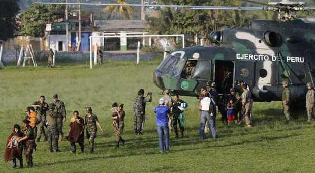 Perù, dopo 30 anni di prigionia l'esercito libera 39 persone: erano schiave di Sendero Luminoso