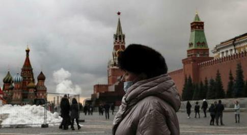 Covid, Russia in piena terza ondata: ora si pensa ai vaccini obbligatori
