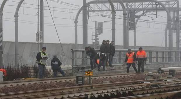Bologna attentato incendiario in una stazione tav. lupi: atto