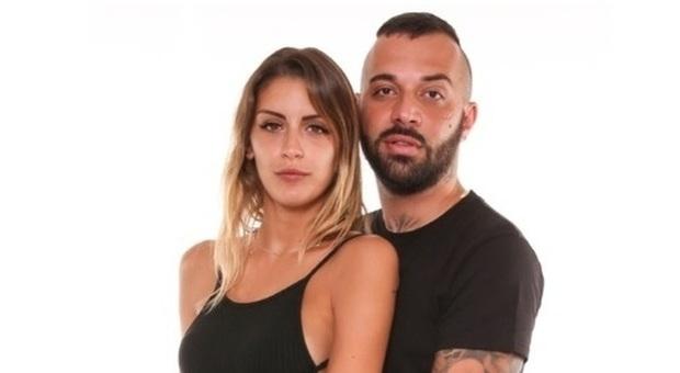 Temptation Island Vip, Sharon lascia Damiano 'Er Faina' al falò: «Non mi rispetti»