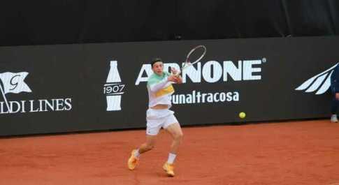 Tennis Napoli Cup, trionfo dell'olandese Griekspoor, battuto in finale Pellegrino 6-3 6-2