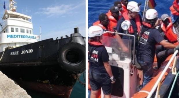 «Mare Jonio pagata per trasbordo migranti». Quattro indagati dai pm di Ragusa, anche Casarini e Caccia