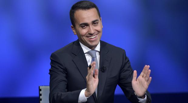 Italicum, M5S all'attaco: cambiarlo non la priorit del Paese. Di Battista: Pd cialtrone
