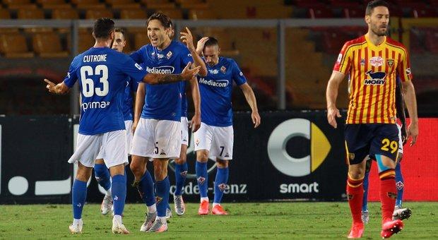 La Fiorentina risorge, Lecce con un piede e mezzo in B: 3-1
