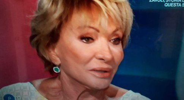 Mariolina Cannuli spiazza Pierluigi Diaco a Io e Te: «Sei noioso...». Lui reagisce così