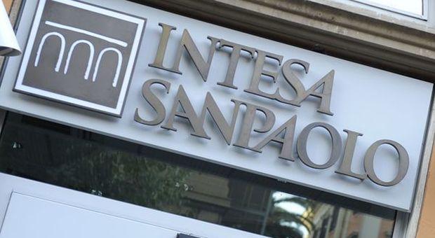 Intesa Sanpaolo, utile a 4,18 miliardi e 3,36 miliardi di dividendi