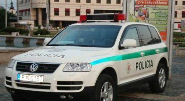Violenta la mamma sotto l'effetto della droga, 16enne arrestato in Spagna: «Non ricordo nulla»