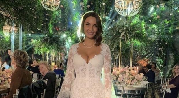 Elettra Lamborghini, tre abiti da sposa per le nozze con Afrojack: ecco cosa ha indossato