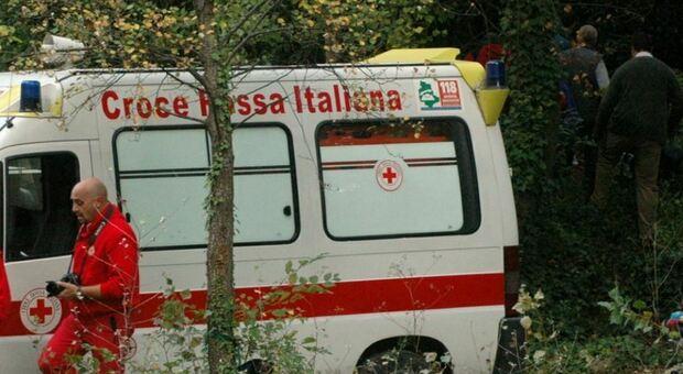 Salerno, bimbo di 4 anni muore in un incidente stradale