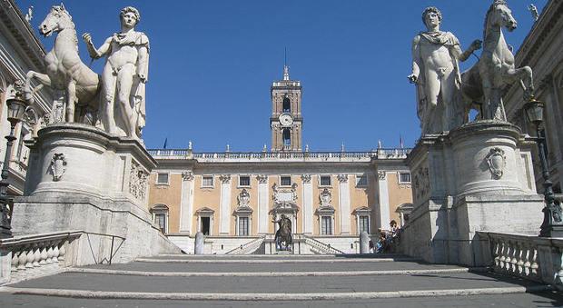 Roma, caos Bilancio, mancano i fondi, stop lavori per strade e scuole